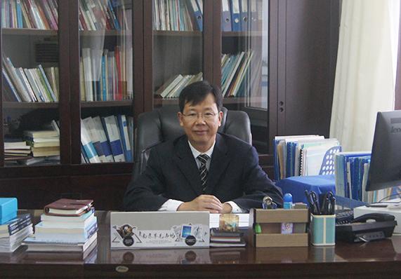 董事会成员 副总经理 宋岩江